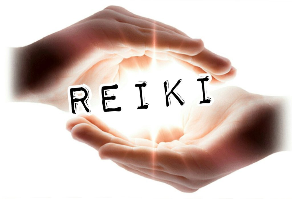 This image has an empty alt attribute; its file name is Reiki-1024x698.jpg